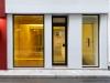 Coucher du soleil dans la salle de séjour, 2018, installation, film 020 medium amber, variable dimensions. Photo © Aurélien Mole