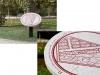 Treasure Hunt, 2015, cil de girafe doré en or 23ct, 5.5 cm long, pièce unique, pierre calcaire Nebrasina gravée au laser et peinte à la main, sur un piédestal rotatif en métal, 60 cm diamètre x 70 cm de haut, pièce unique. Monotype sur papier, cadre, sous verre, 33,7 x 46 cm, pièce unique. Coffret de monotypes sur papier, 29,7 x 42 cm (20 dessins) / 45,5 x 33,6 x 4,2cm (coffret), pièces uniques