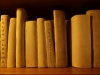 Bibliothèques des grands-parents, 2016, céramique crue, métal, bois, papier, dimensions variables. Dans le cadre de l'exposition collective Les Enfants de Sabbat 18, Centre d'art Creux de l'enfer, Thiers, France