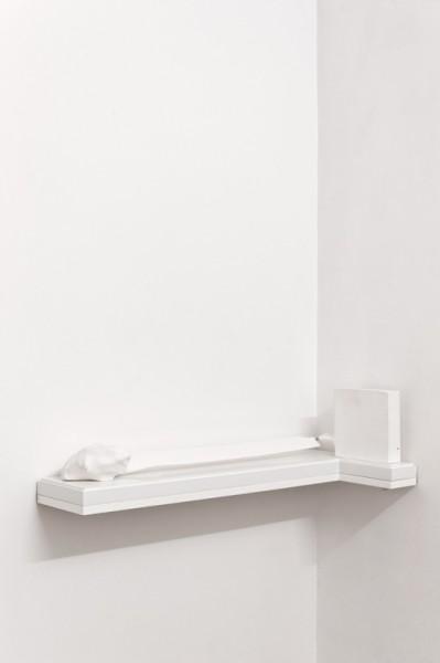 Objet 1, 2010, plâtre, pièce unique