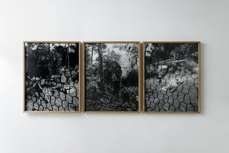 FAMILY RINCON - San Luis De Ocoa, 2015 - tryptich, positive in black and white of pinehole camera photographies, 42 x 52 x 3 cm with frame each piece, Edition of 5 + 2 AP