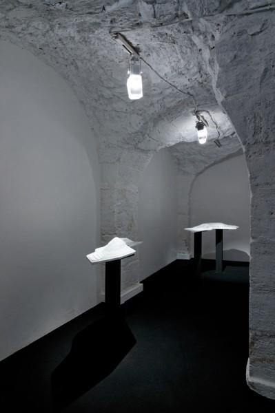 Vue de l'exposition, La Ligne Fictive, Hayoun Kwon, galerie Dohyang Lee, photo © Aurélien Mole