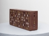 HLM (Bagnolet), 2011, 9,6 x 21,3 x 4,6 cm, céramique, vernis, pièce unique, vue d'exposition le rêve de surplomber, galerie Dohyang Lee, photo © Aurélien Mole.